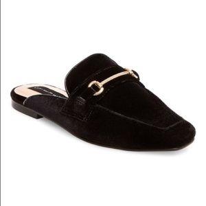 Steven Royce Velvet Mules Flats Black Gold 6.5